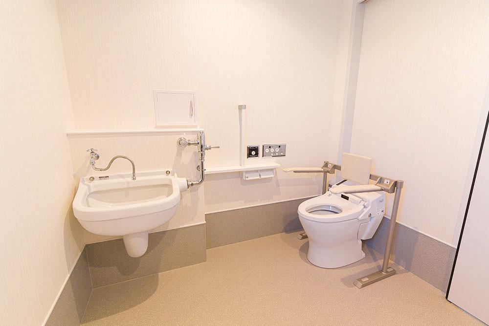 オストメイト対応多目的トイレ